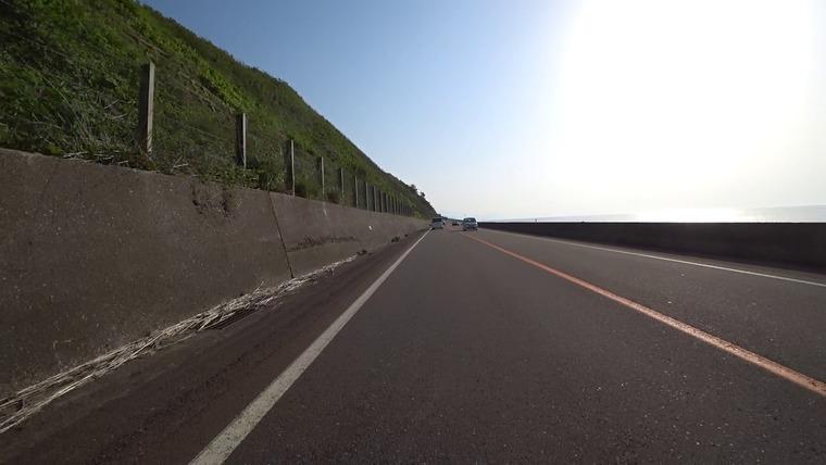 富山に向けて日本海に沿って進みます