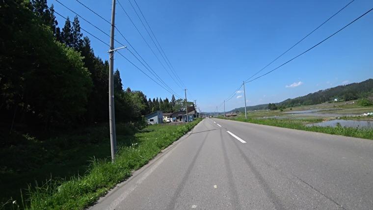 国道121号から左折して県道4号へ入ります