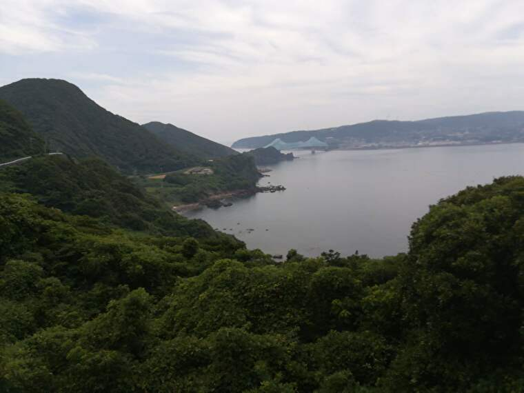 次の目的地は生月島です 橋の向こう側へ行きます