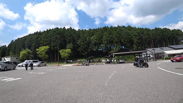 駐車場から展望所まですぐです 気軽に阿蘇の風景が楽しめる展望所